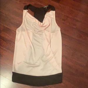 Express scoop neck work tank size small